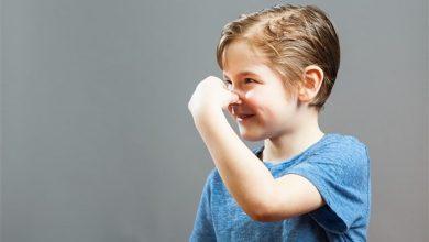 Photo of اسباب رائحة العرق الكريهة عند الطفل