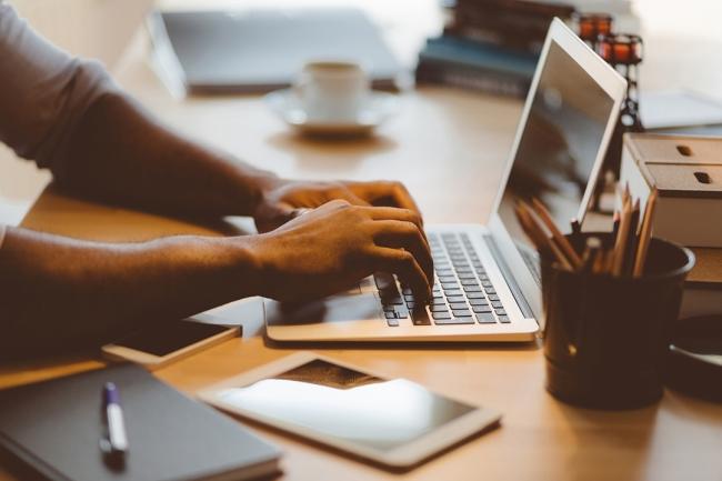 Photo of ما هى المدونة وما هو التدوين وكيف يمكن أن يساعدك فى البيزنس؟
